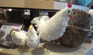hvid plastik høne