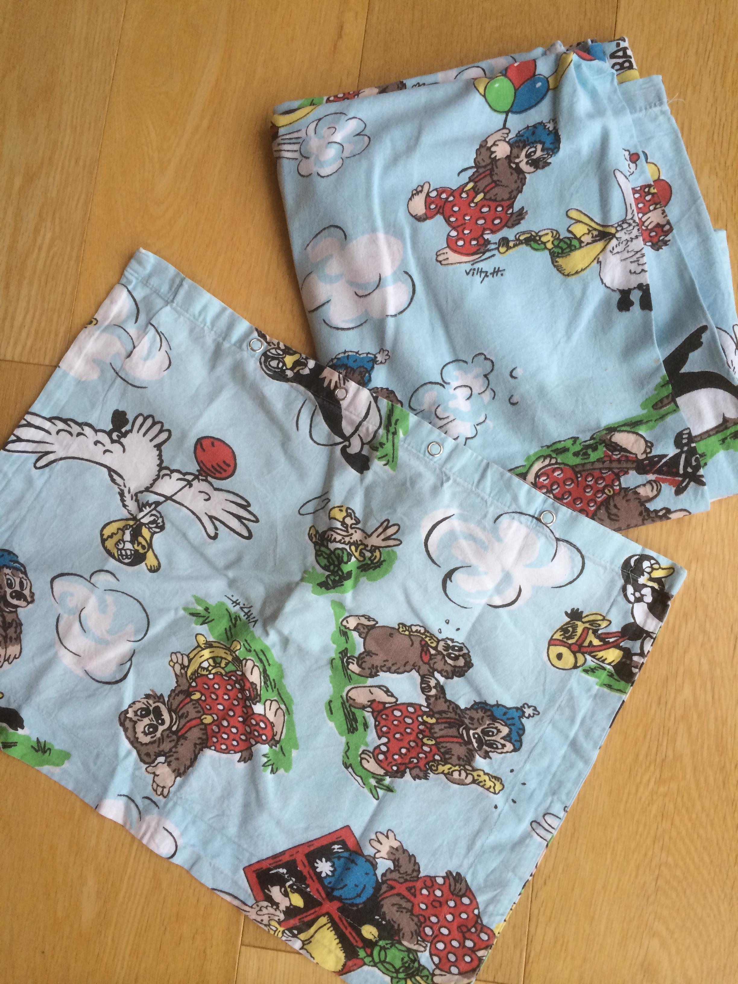 rasmus klump sengetøj Rasmus Klump kjole af sengetøj og med hæklede pandekager – mit  rasmus klump sengetøj