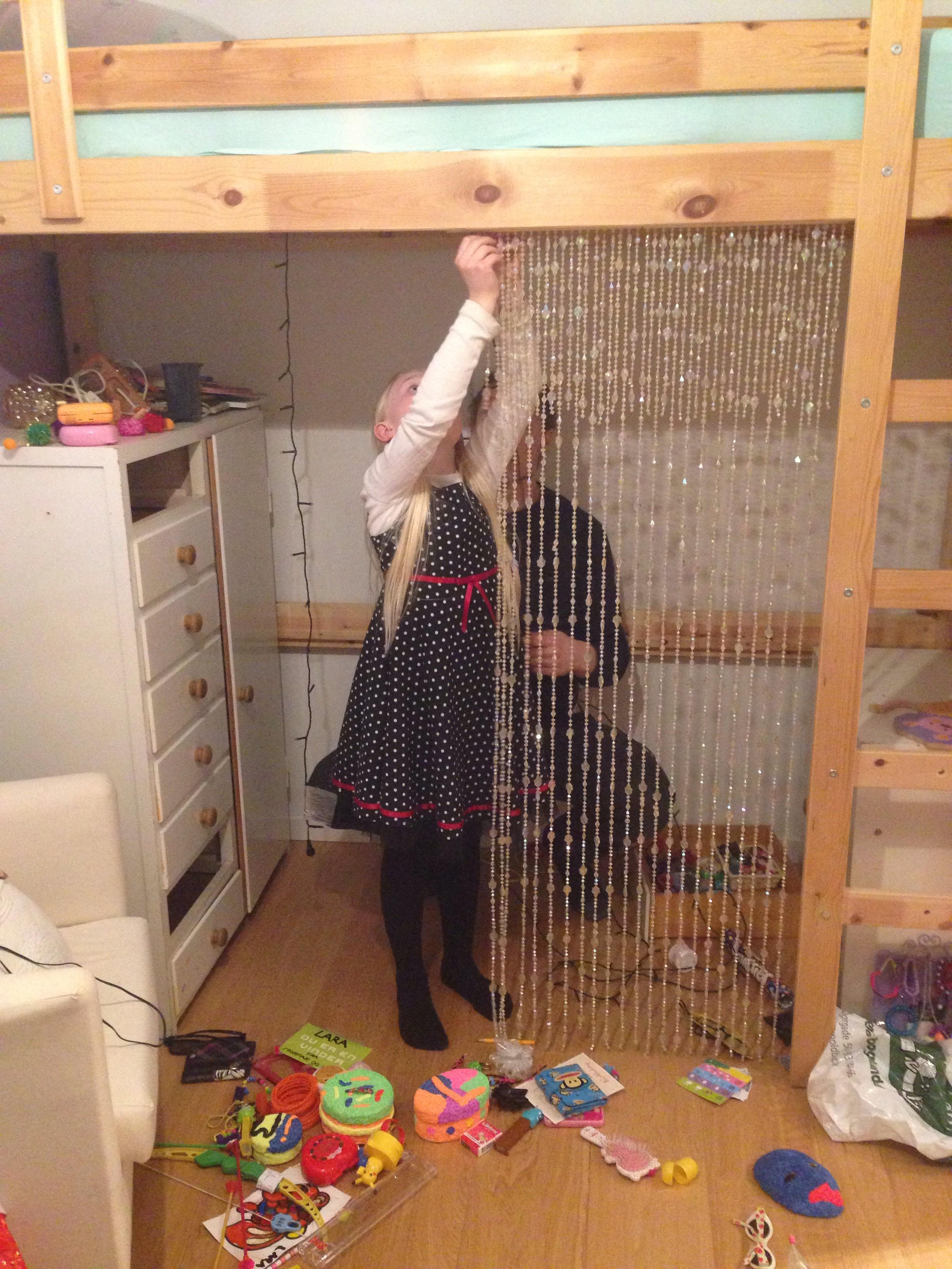 Pigeværelser i gennemført genbrug #IKEA-hacket højseng – mit uendelige hjem